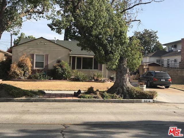 3214 W Wyoming Avenue, Burbank, CA 91505 (MLS #18372398) :: The John Jay Group - Bennion Deville Homes