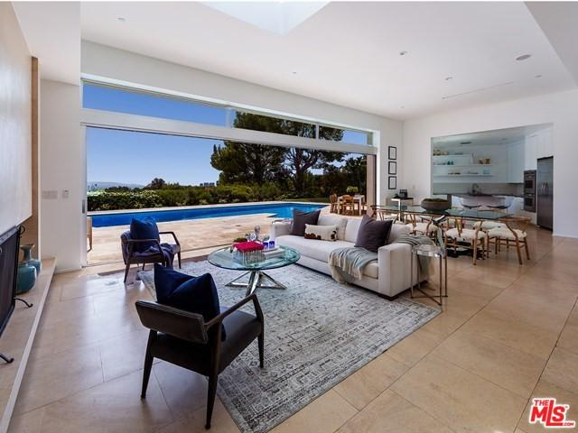 1471 Carla Ridge, Beverly Hills, CA 90210 (MLS #18372854) :: The John Jay Group - Bennion Deville Homes