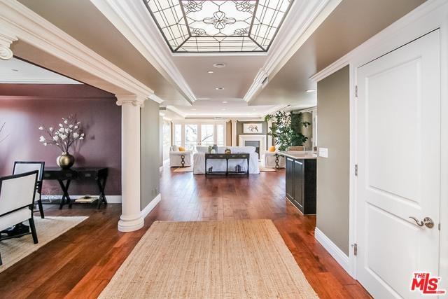 448 N Oakhurst Drive Ph, Beverly Hills, CA 90210 (MLS #18373012) :: The John Jay Group - Bennion Deville Homes