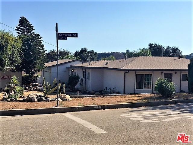 1150 Gravelia Street, Altadena, CA 91001 (MLS #18373748) :: The John Jay Group - Bennion Deville Homes