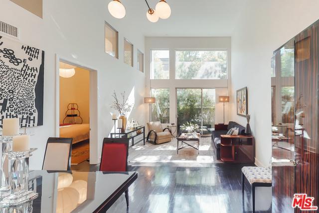 12837 Moorpark Street #103, Studio City, CA 91604 (MLS #18373930) :: The John Jay Group - Bennion Deville Homes