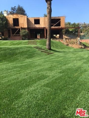 1120 Summit Drive, Beverly Hills, CA 90210 (MLS #18374088) :: The John Jay Group - Bennion Deville Homes
