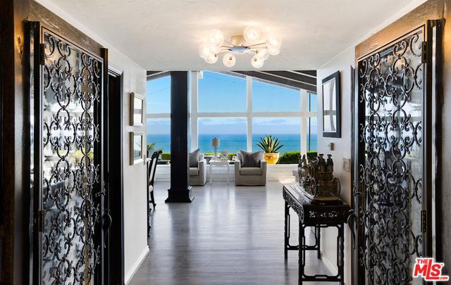 6355 Sycamore Meadows Drive, Malibu, CA 90265 (MLS #18374330) :: The John Jay Group - Bennion Deville Homes