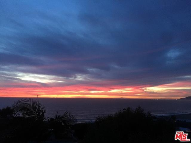6763 Las Olas Way, Malibu, CA 90265 (MLS #18374410) :: The John Jay Group - Bennion Deville Homes