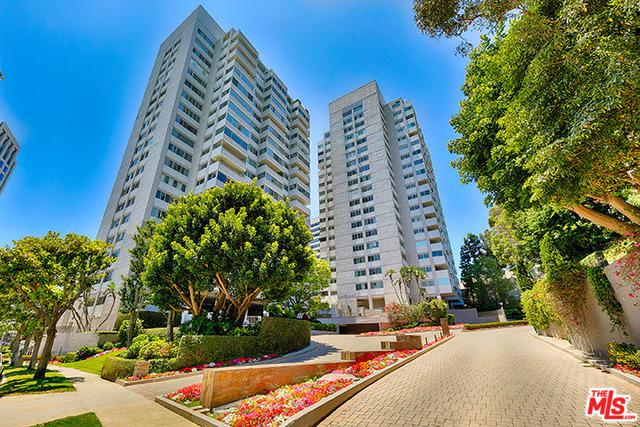 875 Comstock Avenue 1A, Los Angeles (City), CA 90024 (MLS #18374604) :: The John Jay Group - Bennion Deville Homes
