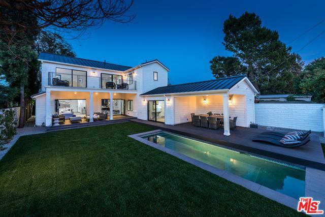 13040 Woodbridge Street, Studio City, CA 91604 (MLS #18374616) :: The John Jay Group - Bennion Deville Homes