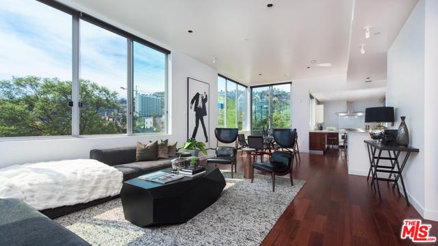 1200 N Sweetzer Avenue #7, West Hollywood, CA 90069 (MLS #18374696) :: The John Jay Group - Bennion Deville Homes
