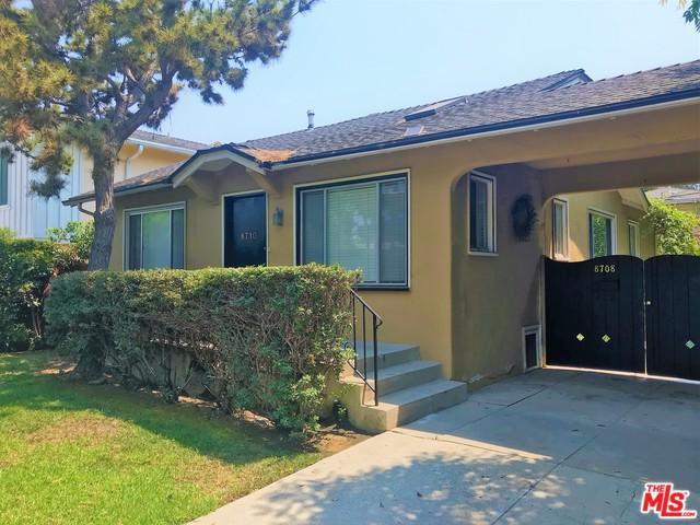8710 Dorrington Avenue, West Hollywood, CA 90048 (MLS #18375108) :: The John Jay Group - Bennion Deville Homes