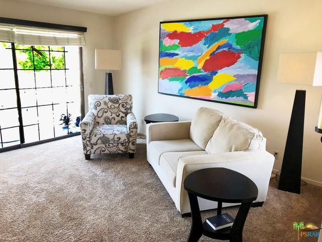 2700 E Mesquite Avenue D24, Palm Springs, CA 92264 (MLS #18375116PS) :: Brad Schmett Real Estate Group