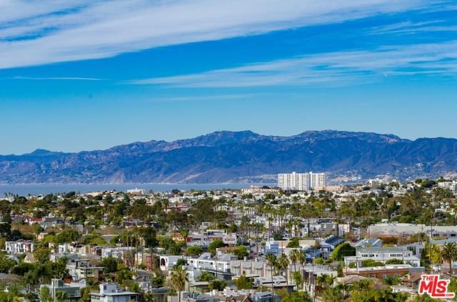 4316 Marina City Drive #1029, Marina Del Rey, CA 90292 (MLS #18375218) :: The John Jay Group - Bennion Deville Homes