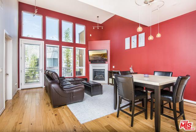 4050 Glencoe Avenue #404, Marina Del Rey, CA 90292 (MLS #18375326) :: The John Jay Group - Bennion Deville Homes