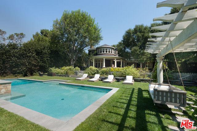 6763 Zumirez Drive, Malibu, CA 90265 (MLS #18375722) :: The John Jay Group - Bennion Deville Homes