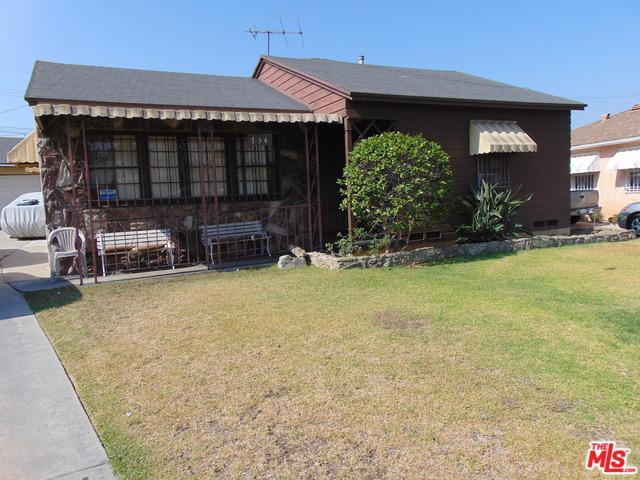 734 W 139th Street, Gardena, CA 90247 (MLS #18376072) :: The John Jay Group - Bennion Deville Homes