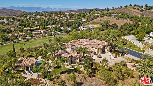 1090 Vista Ridge Lane, Westlake Village, CA 91362 (MLS #18376958) :: The Jelmberg Team