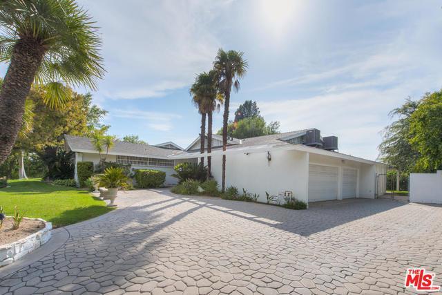 12221 Sarazen Place, Granada Hills, CA 91344 (MLS #18378216) :: Team Wasserman