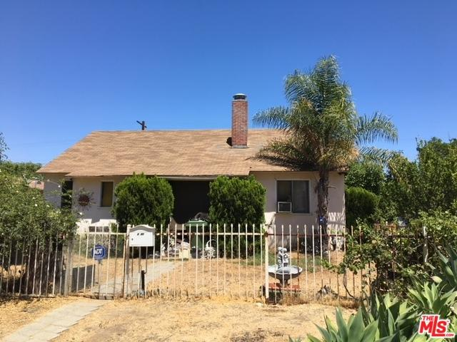 6340 Peach Avenue, Van Nuys, CA 91411 (MLS #18379004) :: Team Wasserman