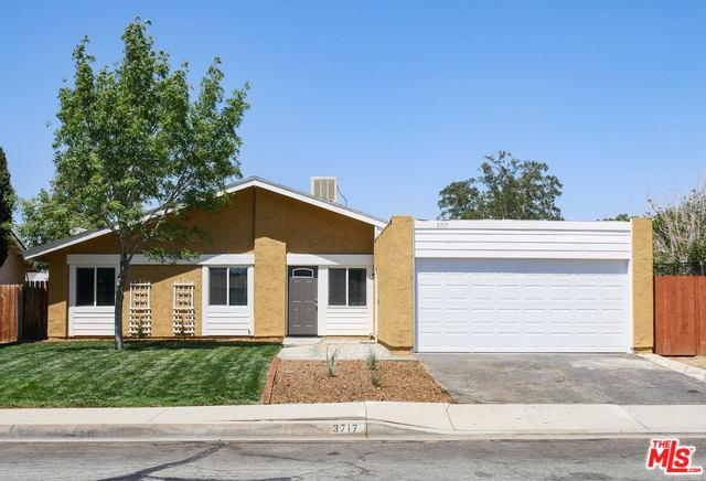 3717 W Avenue K15, Lancaster, CA 93536 (MLS #18379250) :: Team Wasserman