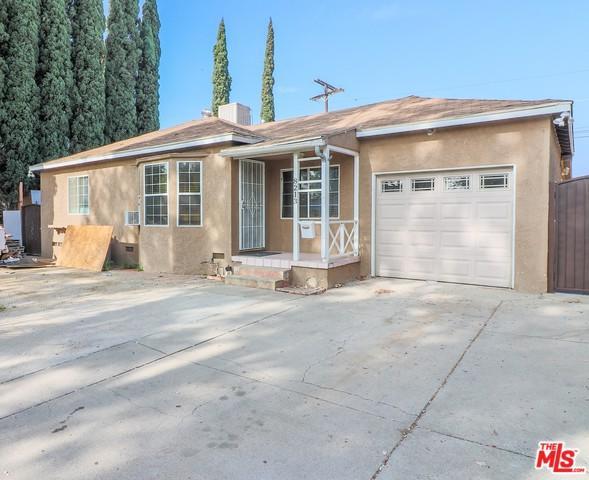 8213 Lullaby Lane, Panorama City, CA 91402 (MLS #18380286) :: Team Wasserman