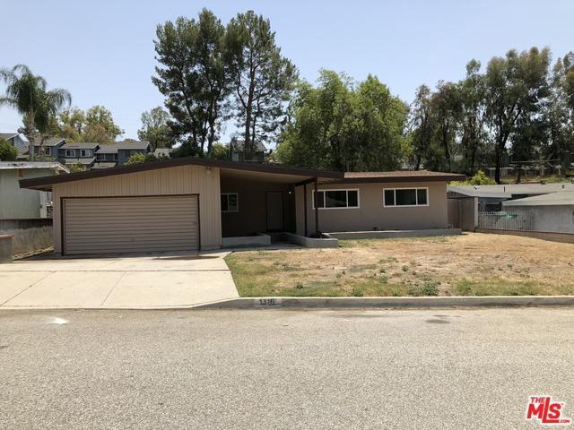 1316 E Harvest Moon Street, West Covina, CA 91792 (MLS #18380406) :: The John Jay Group - Bennion Deville Homes
