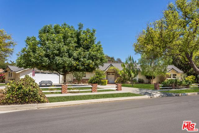 7800 Texhoma Avenue, Northridge, CA 91325 (MLS #18380916) :: Deirdre Coit and Associates