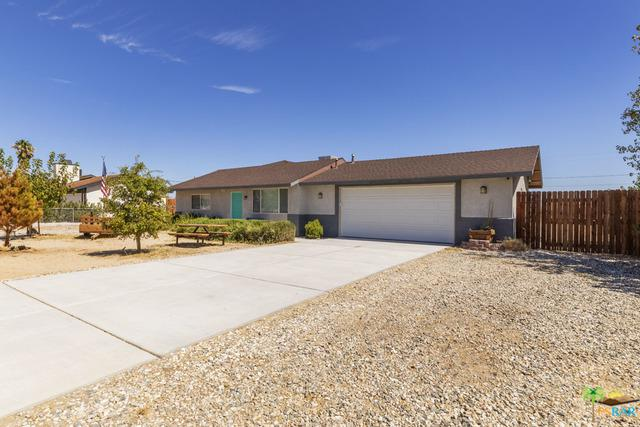 4755 Round Up Road, 29 Palms, CA 92277 (MLS #18381034PS) :: The John Jay Group - Bennion Deville Homes
