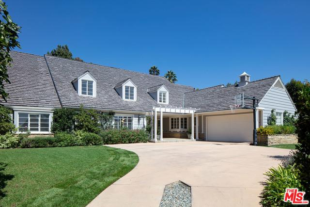 13565 D Este Drive, Pacific Palisades, CA 90272 (MLS #18382150) :: Team Wasserman