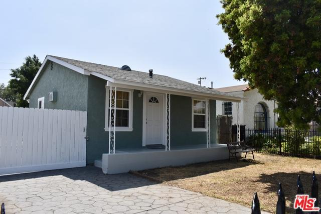 540 W 109th Place, Los Angeles (City), CA 90044 (MLS #18383016) :: Team Wasserman
