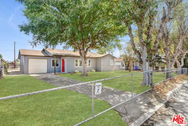 10139 Oleander Avenue, Fontana, CA 92335 (MLS #18383472) :: Deirdre Coit and Associates