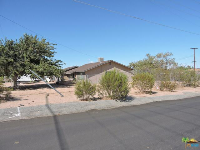 7399 Palomar Avenue, Yucca Valley, CA 92284 (MLS #18383796PS) :: The John Jay Group - Bennion Deville Homes