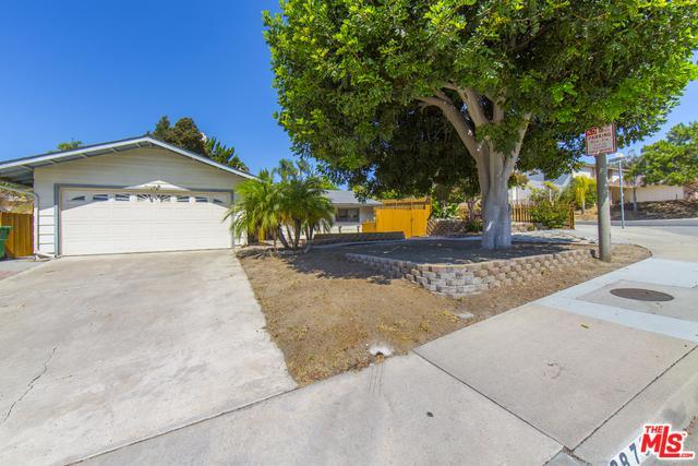 2879 Colgate Drive, Oceanside, CA 92056 (MLS #18384358) :: Hacienda Group Inc