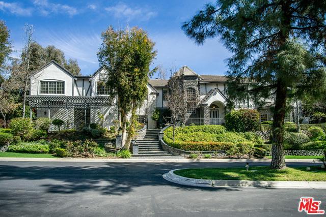 5154 Parkway Calabasas, Calabasas, CA 91302 (MLS #18384366) :: The John Jay Group - Bennion Deville Homes