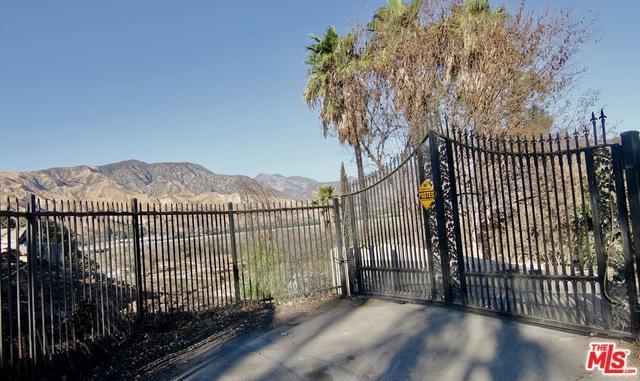 9925 Mcbroom Street, Shadow Hills, CA 91040 (MLS #18384670) :: The John Jay Group - Bennion Deville Homes