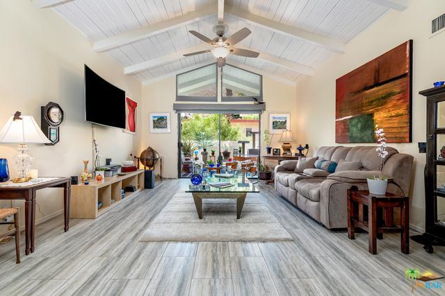 250-E E San Jose Road #72, Palm Springs, CA 92264 (MLS #18384780PS) :: Brad Schmett Real Estate Group