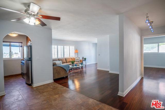 8001 Redlands Street #305, Playa Del Rey, CA 90293 (MLS #18384872) :: Team Wasserman