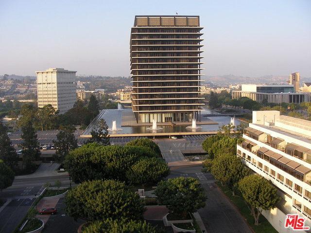 800 W 1st Street #1302, Los Angeles (City), CA 90012 (MLS #18385276) :: Team Wasserman