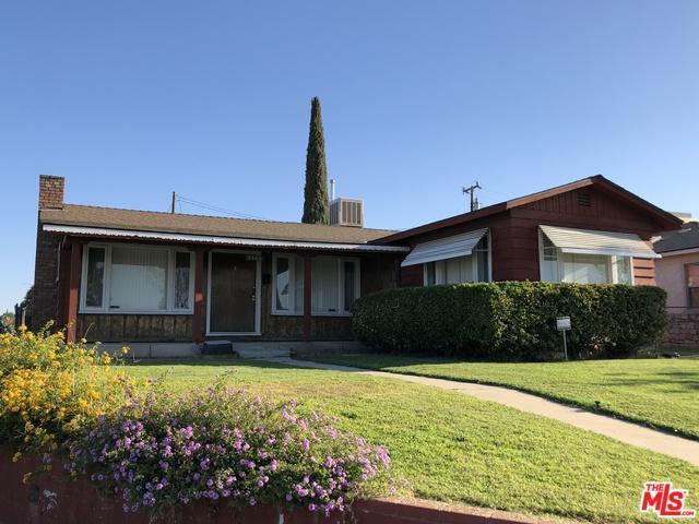 3100 Lake Street, Bakersfield, CA 93306 (MLS #18385322) :: The John Jay Group - Bennion Deville Homes