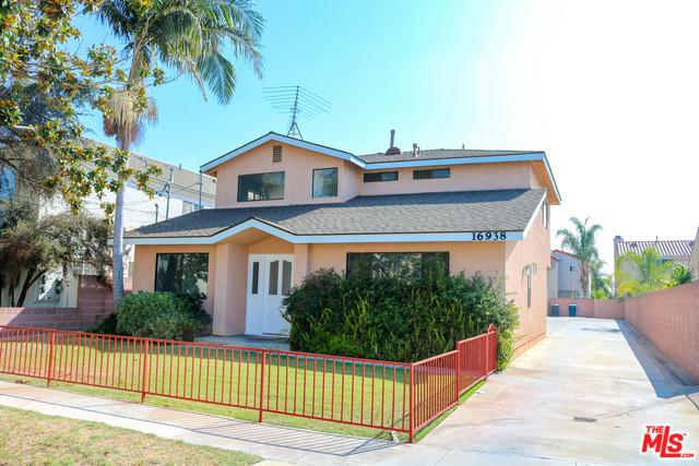 16938 S Dalton Avenue, Gardena, CA 90247 (MLS #18385362) :: Hacienda Group Inc