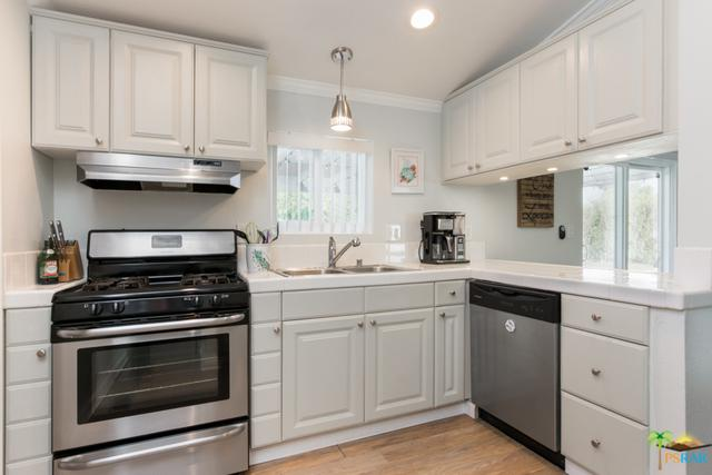 2060 Jason Court, Palm Springs, CA 92262 (MLS #18385602PS) :: Brad Schmett Real Estate Group