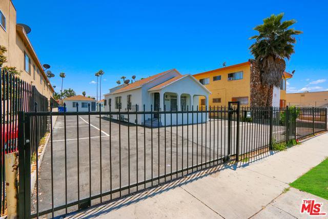 1032 W 95th Street, Los Angeles (City), CA 90044 (MLS #18385760) :: The John Jay Group - Bennion Deville Homes