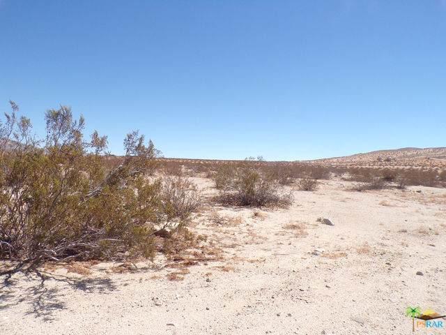 1 Bennett Road, Desert Hot Springs, CA 92240 (MLS #18385974) :: The John Jay Group - Bennion Deville Homes