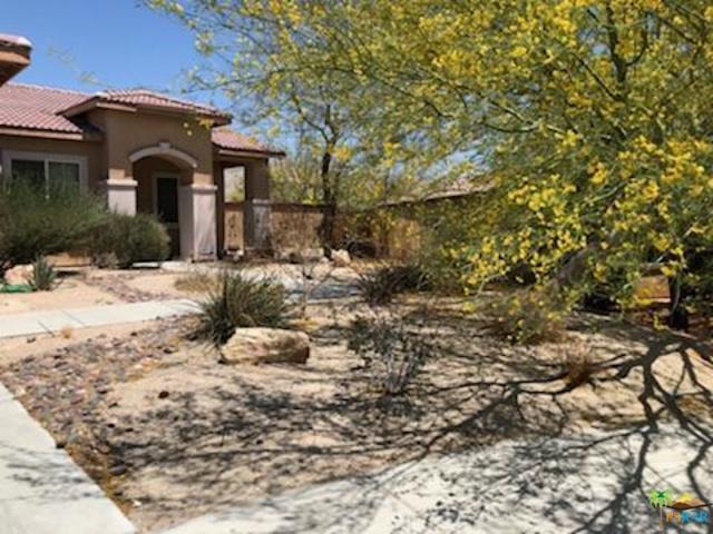 13378 Alpine Circle, Desert Hot Springs, CA 92240 (MLS #18386214PS) :: Team Wasserman