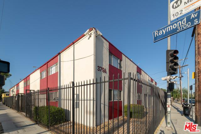 3756 Raymond Avenue, Los Angeles (City), CA 90007 (MLS #18386602) :: Team Wasserman