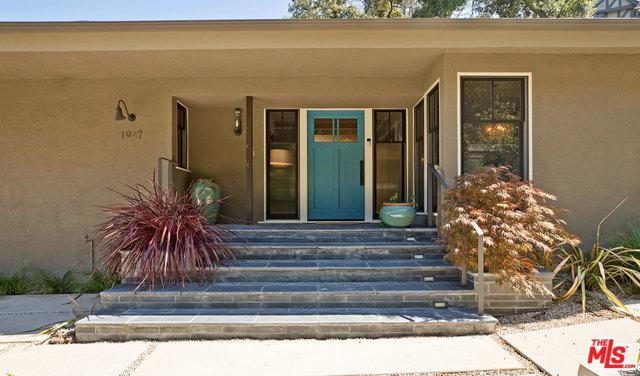 1947 Mandeville Canyon Road, Los Angeles (City), CA 90049 (MLS #18386848) :: Team Wasserman
