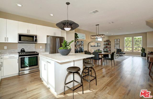 2700 E Chaucer Street #5, Los Angeles (City), CA 90065 (MLS #18386856) :: Team Wasserman