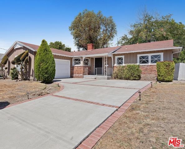 17103 Tribune Street, Granada Hills, CA 91344 (MLS #18387140) :: Team Wasserman