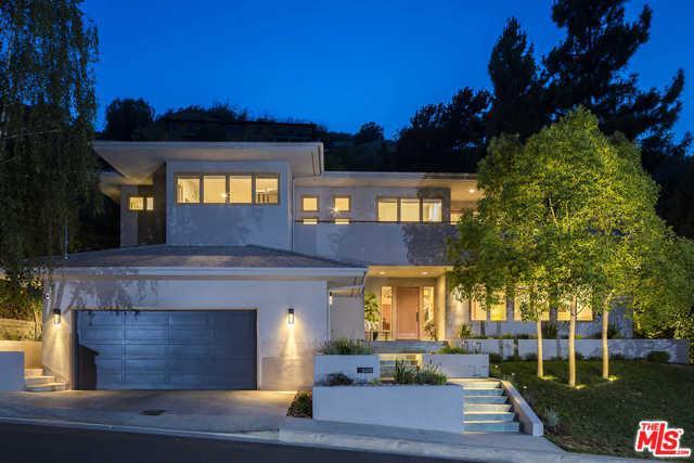 3419 Longridge Avenue, Sherman Oaks, CA 91423 (MLS #18387188) :: Team Wasserman