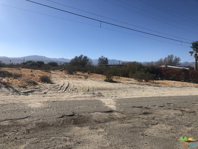 12165 United, Desert Hot Springs, CA 92240 (MLS #18387454PS) :: Brad Schmett Real Estate Group