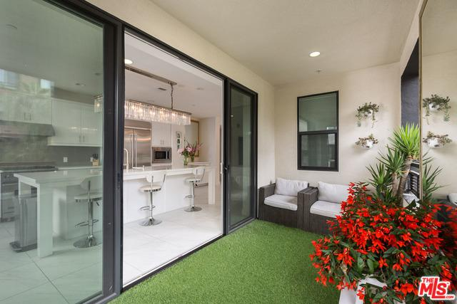 12526 W Fielding Circle #2, Playa Vista, CA 90094 (MLS #18387508) :: The John Jay Group - Bennion Deville Homes