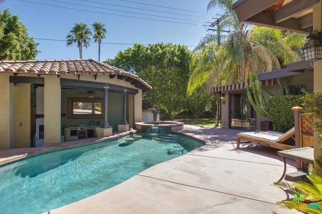 725 E Sunny Dunes Road, Palm Springs, CA 92264 (MLS #18387536PS) :: Deirdre Coit and Associates