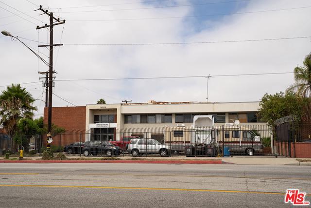 13039 S Main Street, Los Angeles (City), CA 90061 (MLS #18387662) :: The John Jay Group - Bennion Deville Homes